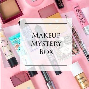 🆕 7 PIECE MAKEUP MYSTERY BOX! 💅🏻🧖🏼♀️